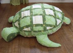 Sea Turtle Floor Pillow...Gonna make something like this for my Jennifer girl.