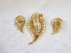 Vintage Crown TRIFARI Gold Diamond Rhinestone Pin & Earrings  Alfred PHILIPPE