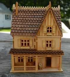 American Style H23  144 scale Wooden Bird Houses, Wooden Dollhouse, Miniature Houses, Small Houses, Doll Furniture, Victorian Homes, Dollhouses, Wood Working, Lantern