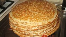 """Custard pancakes on kefir """"Vologda lace"""" INGREDIENTS 1 cup of yogurt 150 g flour 1 egg tsp soda 1 tablespoon vegetable oil cups of boiling Buttermilk Pancakes, Cooking Recipes, Healthy Recipes, Russian Recipes, Unique Recipes, Love Food, Food To Make, Sweet Tooth, Easy Meals"""