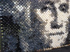 Chainlink Fence cup art portrait of George Washington.