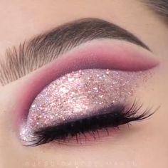 Glitter Makeup Looks, Glitter Make Up, Makeup Eye Looks, Eye Makeup Steps, Eye Makeup Art, Beautiful Eye Makeup, Sparkles Glitter, Glitter Eyeshadow, Bridal Eye Makeup