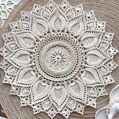67 trendy ideas for crochet coasters table runners doily patterns Crochet Mat, Crochet Carpet, Crochet Mandala Pattern, Crochet Doily Patterns, Crochet Round, Crochet Home, Crochet Doilies, Crochet Table Runner, Crochet Tablecloth