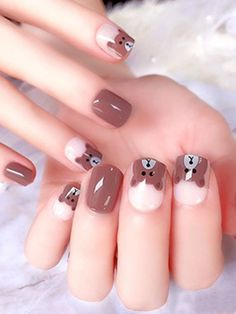 Want some ideas for wedding nail polish designs? This article is a collection of our favorite nail polish designs for your special day. Cute Nail Colors, Cute Nail Art, Cute Nails, Pretty Nails, My Nails, Winter Nail Art, Winter Nails, Summer Nails, Nail Polish Designs