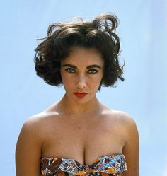 Elizabeth Taylor looking beautiful