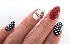 hello-kitty-nails