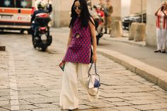 The best street style from Milan Fashion Week spring/summer 2019 - Vogue Australia Street Style Looks, Street Style Women, Milano Fashion Week, Milan Fashion, Women's Fashion, Vogue Australia, Cool Street Fashion, Lace Skirt, Nice Dresses