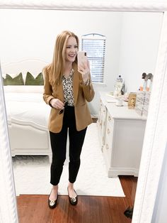 80 Trendy Work Attire & Office Outfits For Business Women Classy Workwear for Professional Look - Lifestyle State Casual Work Outfits, Winter Outfits For Work, Business Casual Outfits, Work Casual, Business Attire, Business Chic, Fashionable Outfits, Women Work Outfits, Outfit Work