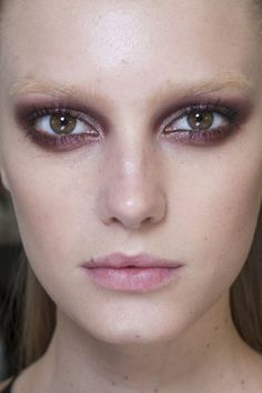 burgundy eye + bleached brows at gucci fall 2013