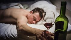 While after getting a nightcap you can pass out faster, drinking before bedtime eventually takes a toll on the quality of your sleep. When was the last time you were bumped into hitting the sack? Perhaps after dinner you've had a drink (or two), or cooling down with a chilled glass of chardonnay is part of your nightly routine.Well, that cocktail hour can backfire that evening. Ironically, even though alcohol can make you feel drowsy, experts believe that the rest of a good night is… Sleep Specialist, Drinks Before Bed, Stages Of Sleep, Effects Of Alcohol, Sleep Late, Calming Activities, Daily Burn, National Sleep Foundation, Snoring
