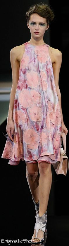 Giorgio Armani Spring Summer 2014 Ready-To-Wear