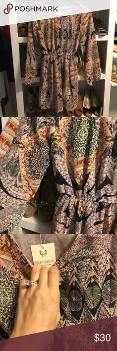 Kimono leaf print dress Really cute kimono dress! Wear with boots and legging come fall or on it's own now! Dresses Midi