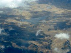 Laguna vista desde el avion, ubicada aproximadamente en huaraz.