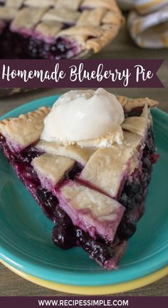 This delicious homemade Blueberry Pie recipe is made with fresh blueberries in a made from scratch lattice crust. Top it with a scoop of vanilla ice cream. Homemade Blueberry Pie With Lattice Crust Homemade Blueberry Pie, Blueberry Pie Recipes, Blueberry Desserts, Frozen Blueberry Pie, Blueberry Pudding Cake, Homemade Pies, Blueberry Bread, Oreo Dessert, Delicious Desserts