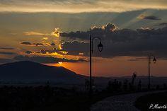 https://flic.kr/p/u4gkH7 | Watching the sun go down