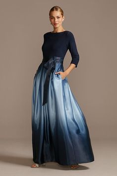 Mother Of Groom Outfits, Mother Of The Bride Fashion, Mother Of The Bride Clothes, Grooms Mother Dresses, Mother Bride, Mob Dresses, Dresses With Sleeves, Fashion Dresses, Mother Of The Bride Dresses Long Sleeve