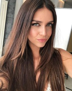 Nara, Girl Tips, Straight Hairstyles, Hair Cuts, Long Hair Styles, Instagram, Makeup, Sexy, Beauty