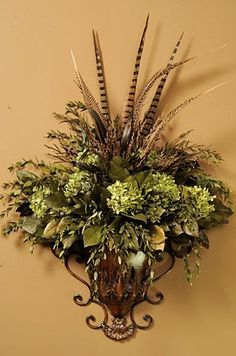 Love this floral arrangement Silk Floral Arrangements, Floral Centerpieces, Arte Floral, Floral Wall, Tuscany Decor, World Decor, Tuscan Style, Tuscan Design, Tuscan Decorating
