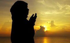 Ce se va întâmpla cu religia dacă va fi descoperită viaţă extraterestră? - Descopera.ro Poster Ramadhan, Muslim Images, Ocean Wallpaper, Islamic Girl, Old Testament, Hinduism, Cool Photos, Prayers, Virginia