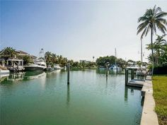 Waterfront Lot on Key Biscayne Large turning basin for large watercraft Sought after Harbor Drive Perfect Exposure Key Biscayne, Coconut Grove, Coral Gables, Water Crafts, Miami Beach, Basin, Property For Sale, Turning, Top