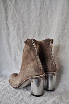 Show-Shoes ❤️ ❤️ Heeled Boots, Bootie Boots, Shoe Boots, Ankle Boots, Crazy Shoes, On Shoes, Me Too Shoes, Estilo Fashion, Anklets