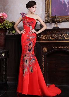 One-shoulder Cheongsam / Qipao / Chinese Wedding Dress