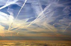 Bill Gates finance un programme d'ensemencement des nuages avec des particules toxiques.