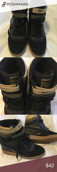 Puma Sky Wedge BLack/Gold Puma Sky Wedge GC black team/gold sneakers. Excellent condition like new and very comfortable. Puma Shoes Sneakers