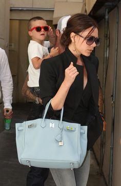 Victoria Beckham ist bekannt für ihre Sammlung von Hermès Taschen.