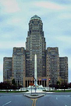 City Hall of Buffalo, New York, an art-deco building.