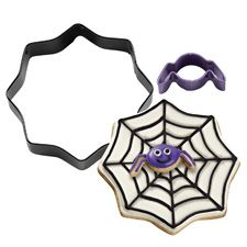Wilton 2-Pc Mini Spider with Spider Web Cookie Cutter