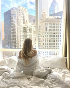 Sleep in and wake up to this view @TrumpChicago   Instagram photo by: @the_essentialist_ Trump International Hotel, Vides, Bold Fashion, Travel Style, Travel Photography, Chicago, Tower, Sleep, Instagram