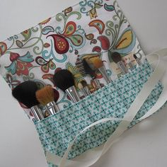 Cute make up pouch to make so I dont lose my brushes.