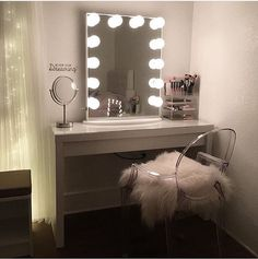 Someone pinch us! This vanity station is just too dreamy!