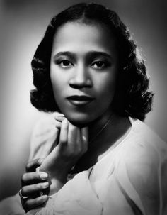 Camilla Williams Camilla Ella Williams (October 18 1919  January 29 2012) was an American operatic soprano who performed nationally and internationally. After studying with renowned teachers in New York City she was the first African American to receive a regular contract with a major American opera company the New York City Opera. She had earlier won honors in vocal competitions and the Marian Anderson Fellowship in 1943-44.  In 1954 she became the first African American to sing a major…