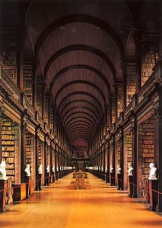 If ever you go to Dublin town » ダブリンの図書館事情:トリニティ・カレッジ・ダブリンの場合
