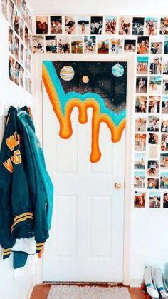 I feel like I need this tapestry… and color scheme. - - I feel like I need this tapestry… and color scheme. Home Ich habe das Gefühl, ich brauche diesen Wandteppich … und das Farbschema. Blue Bedroom, Bedroom Art, Trendy Bedroom, Bedroom Ideas, Tapestry Bedroom, Bedroom Pictures, Bedroom Inspo, Bedroom Canvas, Painted Bedroom Doors