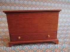 Don Cnossen - Dresser / Trunk with Drawer, made in 1982