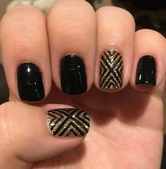 Black gold nails by andrea de la mer salon misc nail designs for Nails Gelish, Gold Gel Nails, Black Gold Nails, Black Nail Art, New Year's Nails, Black Polish, Coffin Nails, Matte Black, Black Nail Designs