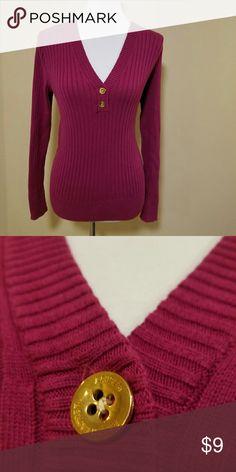 Ralph Lauren Sweater Size medium.  Will bundle!! Lauren Ralph Lauren Sweaters V-Necks