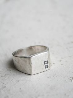 Mens Hallmarked Signet Ring