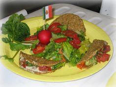 Taco shells with fillings...Raw Food Diet - RawGuru.Com - Raw Foods - Raw Food Recipes