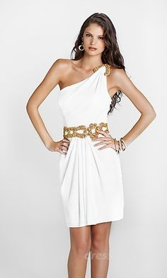i love the dress but i dont think it really is a prom dress, more like a special occasion <3