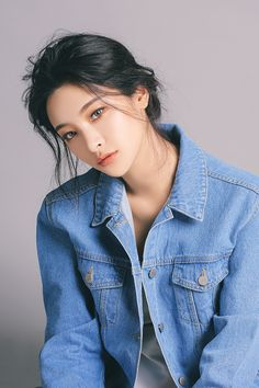 Read Son Hwamin from the story Ulzzang List by checkmeeh (Yours) with reads. Mode Ulzzang, Ulzzang Girl, Korean Beauty, Asian Beauty, Asian Makeup Natural, Korean Makeup, Natural Beauty, Asian Woman, Asian Girl