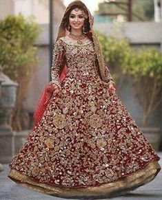 End to End Customization with Hand Embroidery & beautiful Zardosi Art by Expert & Experienced Artist That reflect in Blouse , Lehenga & Sarees Designer creativity that will sunshine You & your Party Worldwide Delivery. Pakistani Wedding Outfits, Pakistani Wedding Dresses, Pakistani Dress Design, Bridal Outfits, Indian Dresses, Latest Bridal Lehenga, Designer Bridal Lehenga, Bridal Lehenga Choli, Ghagra Choli