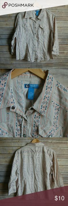 "Duck Head Snap Button Up Cowgirl Shirt Pink Blue Pink & Blue Duck Head  Petite extra large Snap buttons are pearl like Long sleeve  100% cotton  Length-19"" Bust-16"" Sleeve Length-13""  M Duckhead Tops Button Down Shirts"