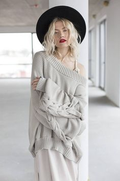Sweater Heavy knitted spring summer sweater in sand color