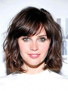 Bob Hairstyles for Wavy Hair In 2020 15 attractive Short Wavy Hairstyles for Women the Trend Short Wavy Hairstyles For Women, Short Hairstyles For Thick Hair, Short Hair With Bangs, Short Hair With Layers, Curly Hair Cuts, Best Short Haircuts, Hairstyles With Bangs, Short Hair Cuts, Curly Hair Styles