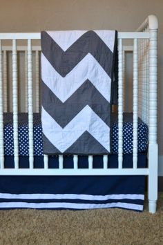 Grey and white chevron quilt.  So cute!