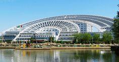 solar-powered-landmarks-sundial-building